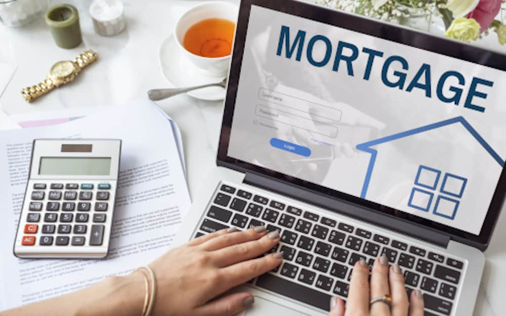 Accountants who want to be mortgage brokers